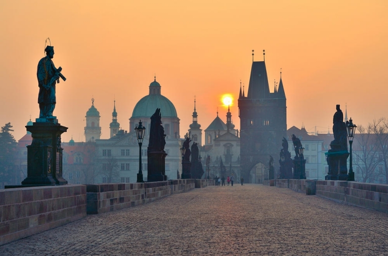 The Charles Bridge in Prague at sunrise | 24 hours in Prague