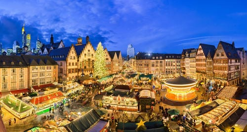 christmas_market_in_frankfurt_germany_at_night_mobile