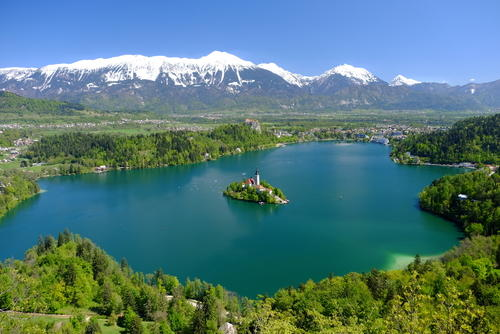 lake_bled_in_spring