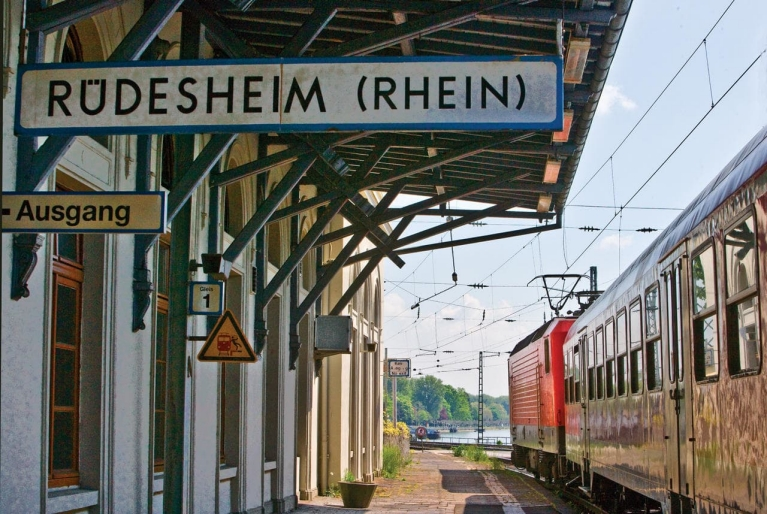 Rüdesheim Station Germany